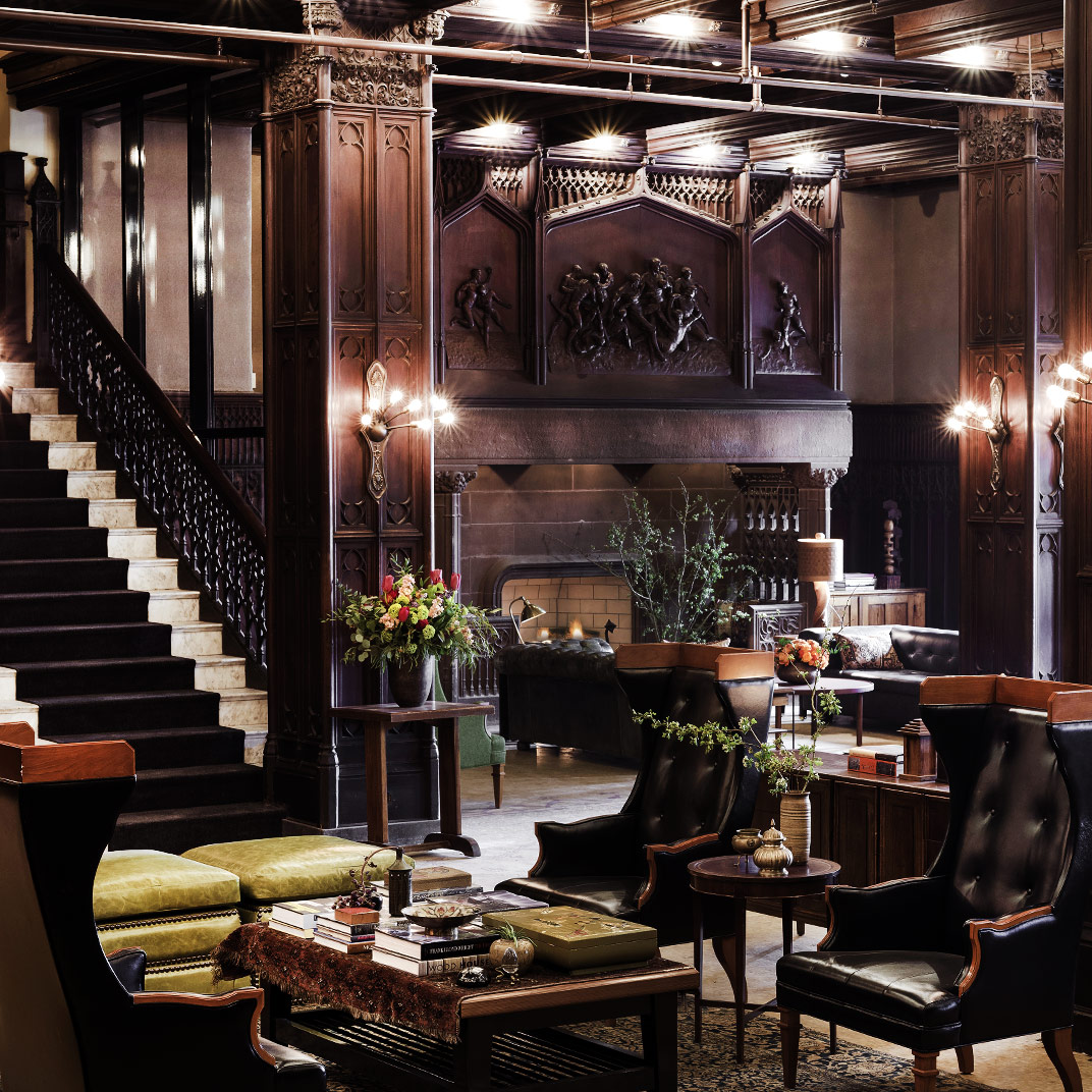 Top 10 best boutique hotels in chicago tablet hotels for Boutique hotels chicago loop