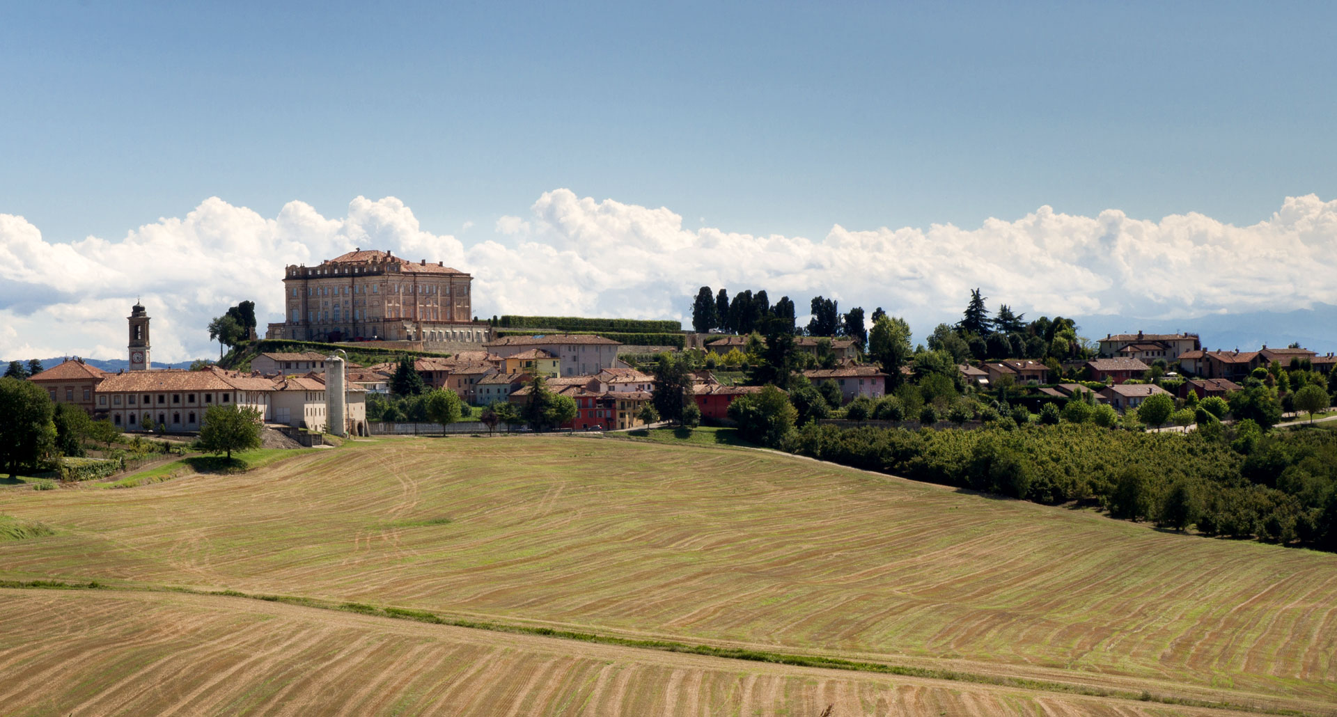 Castello di Guarene - boutique hotel in Piemonte