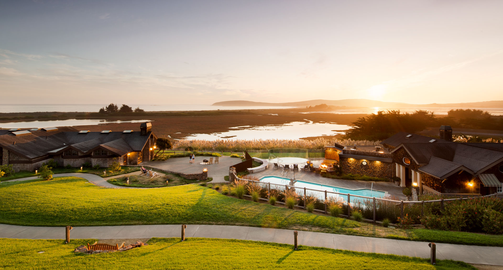 Bodega Bay Lodge - boutique hotel in Bodega Bay