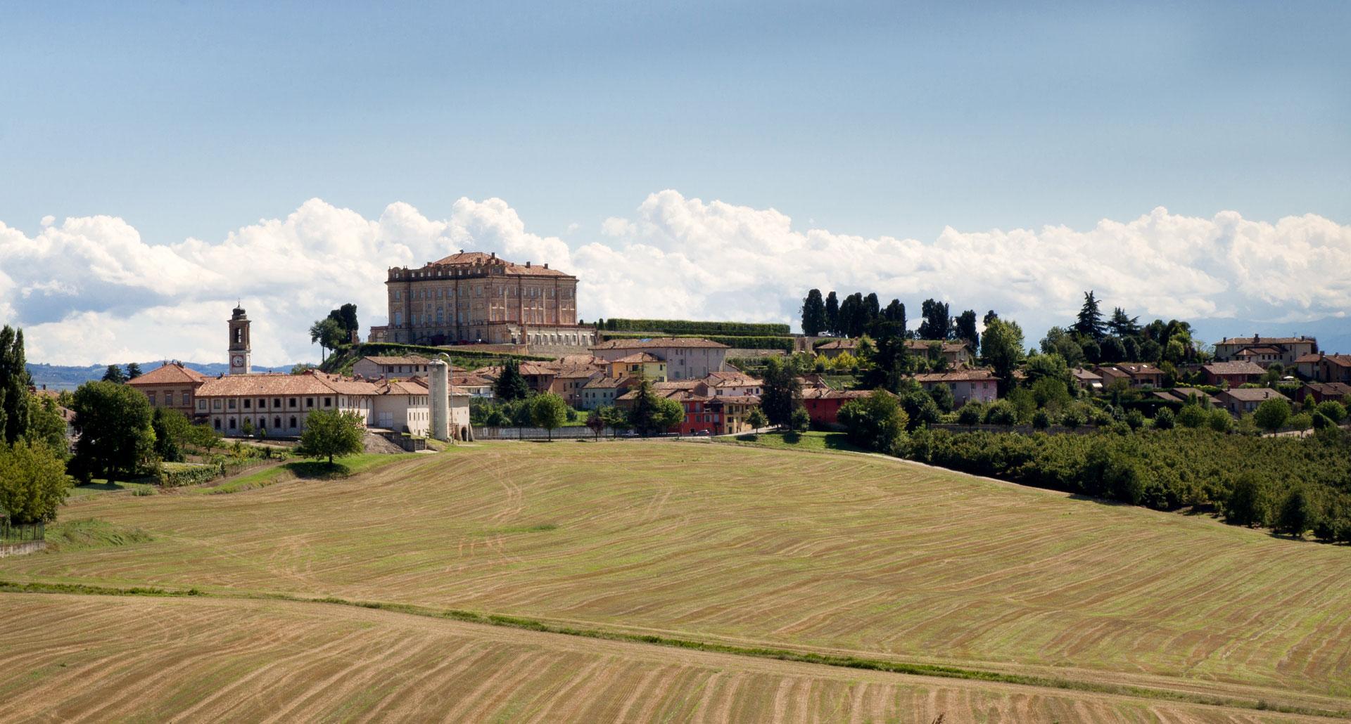 Castello Di Guarene - boutique hotel in Province of Cuneo