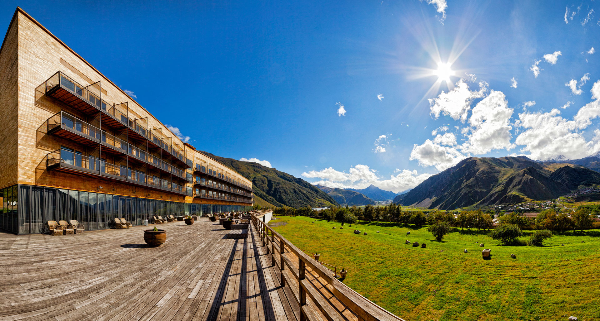 Rooms Hotel Kazbegi - boutique hotel in Stepantsminda
