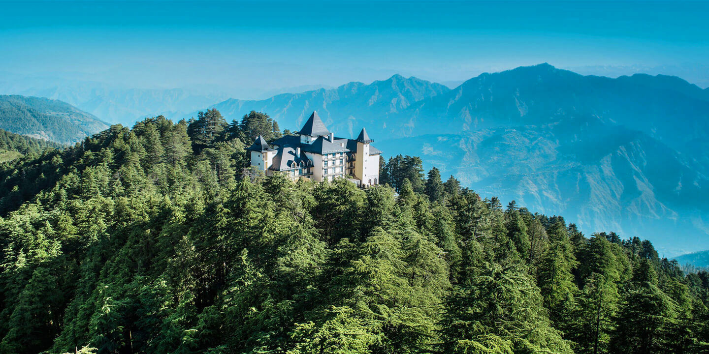 Wildflower Hall - boutique hotel in Himalayas