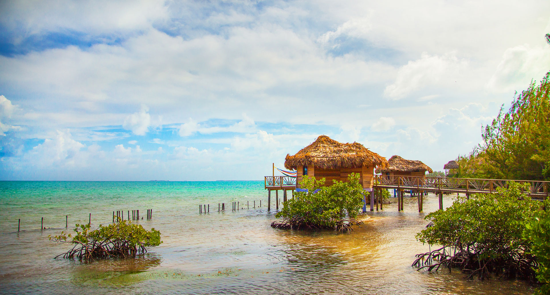 Thatch Caye - boutique hotel in Dangriga