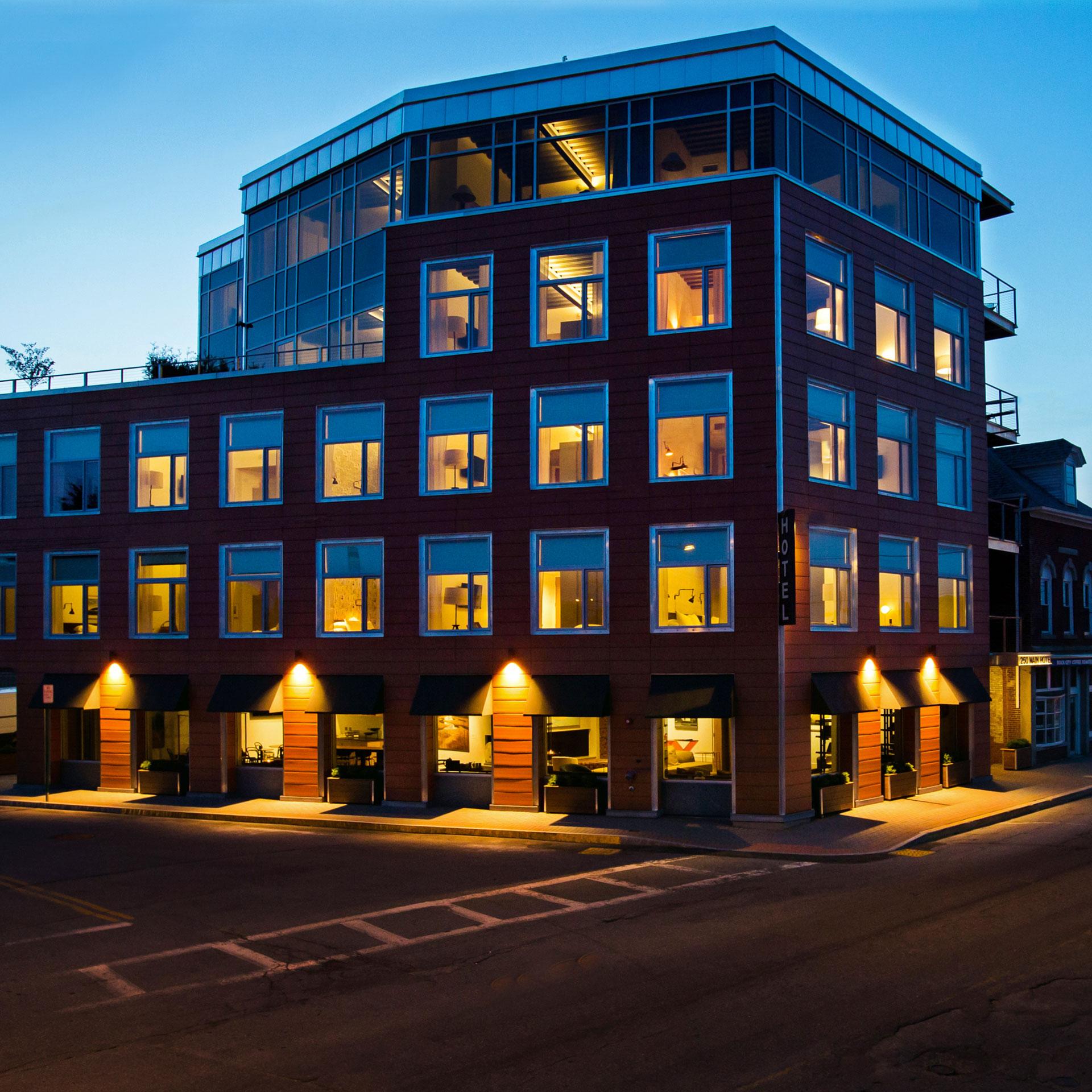 250 Main Hotel