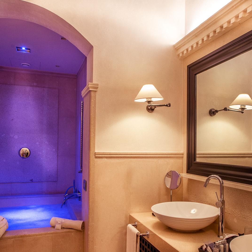 Palazzo gattini luxury hotel matera basilicata verified for Tablets hotel