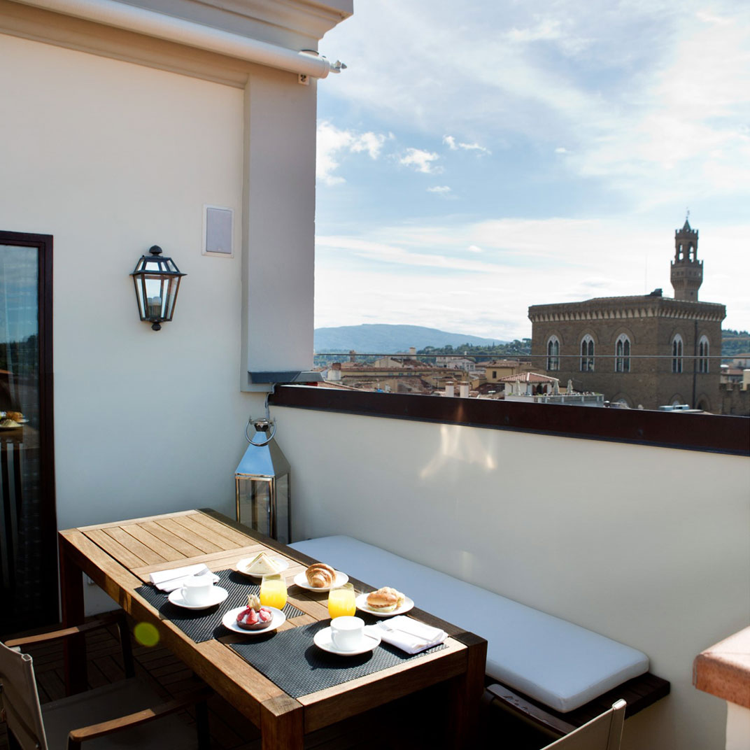 Domux home repubblica florence tuscany verified reviews for Tablet hotel