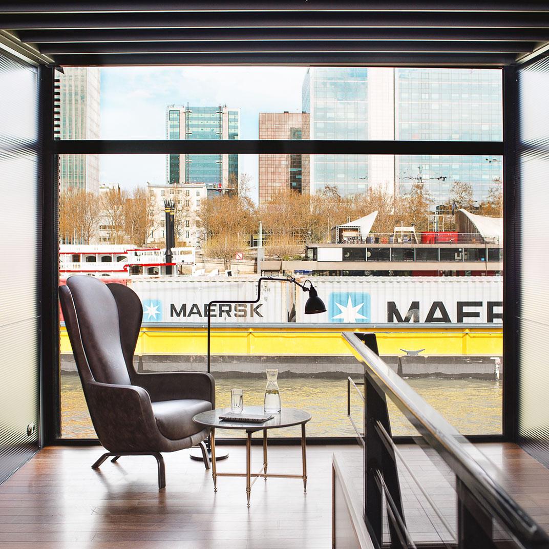 off paris seine paris france 10 verified reviews tablet hotels. Black Bedroom Furniture Sets. Home Design Ideas